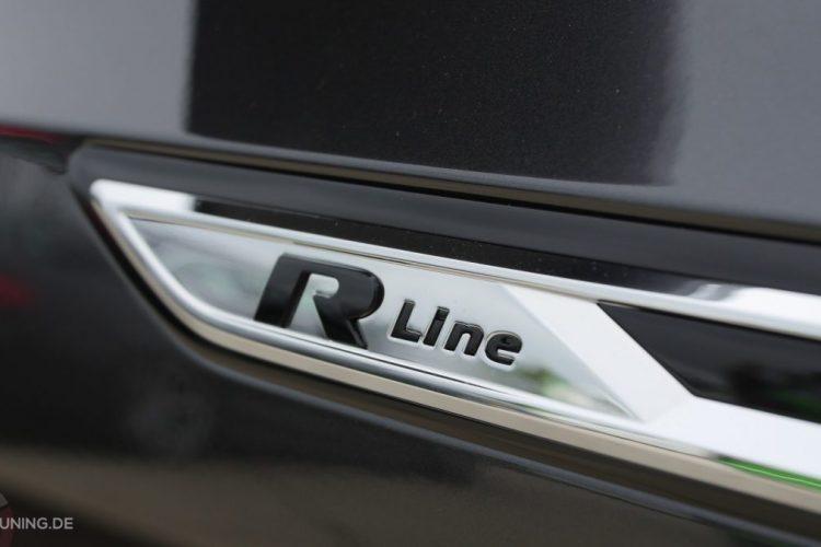 R-Line-Schriftzug am VW Arteon
