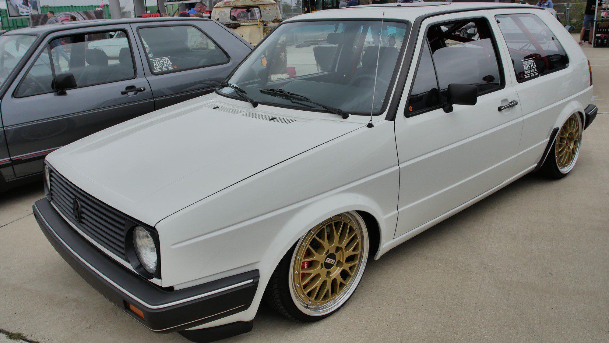 Seitenansicht des VW Golf II