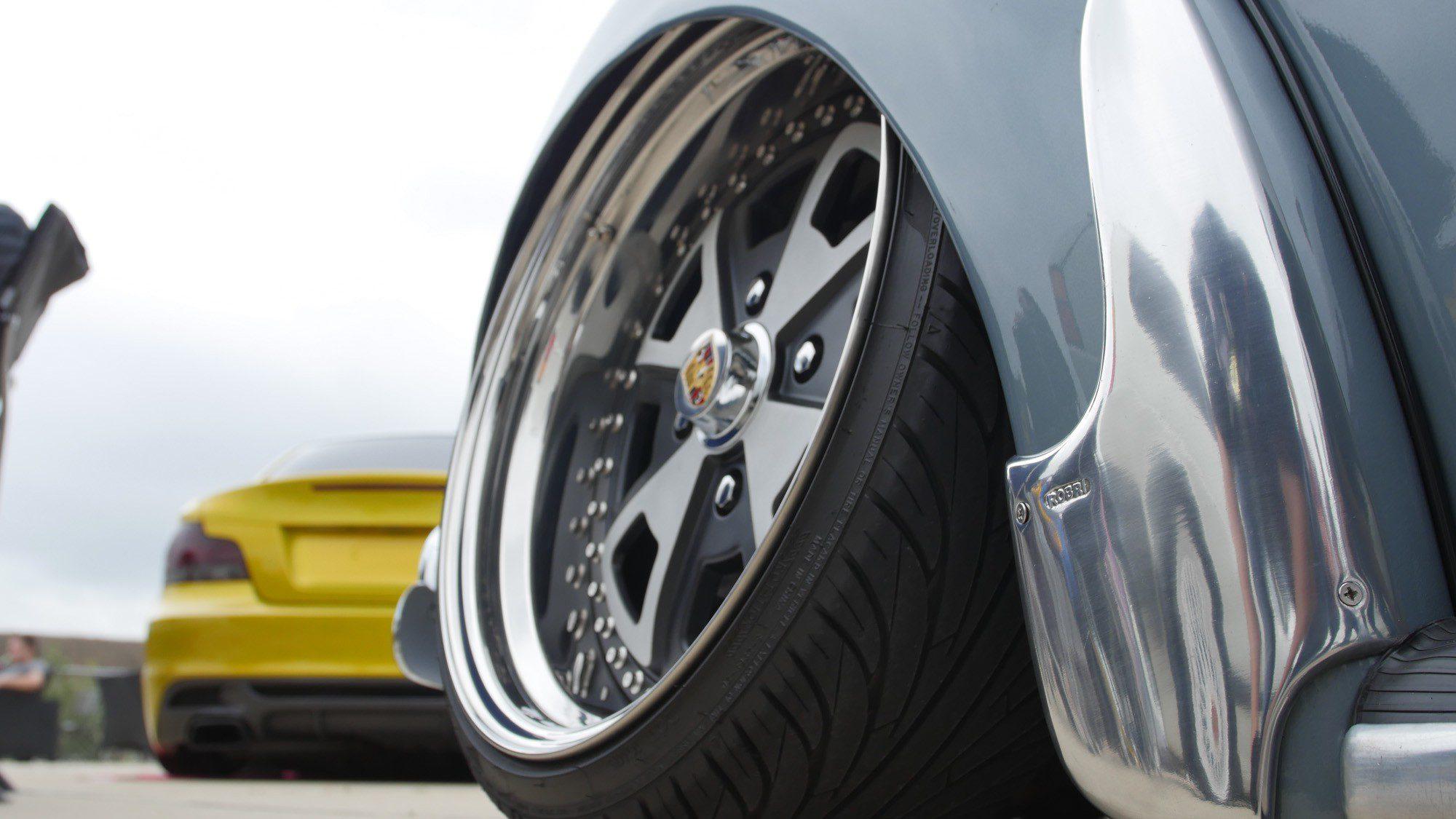 Heftiger Sturz am VW Käfer