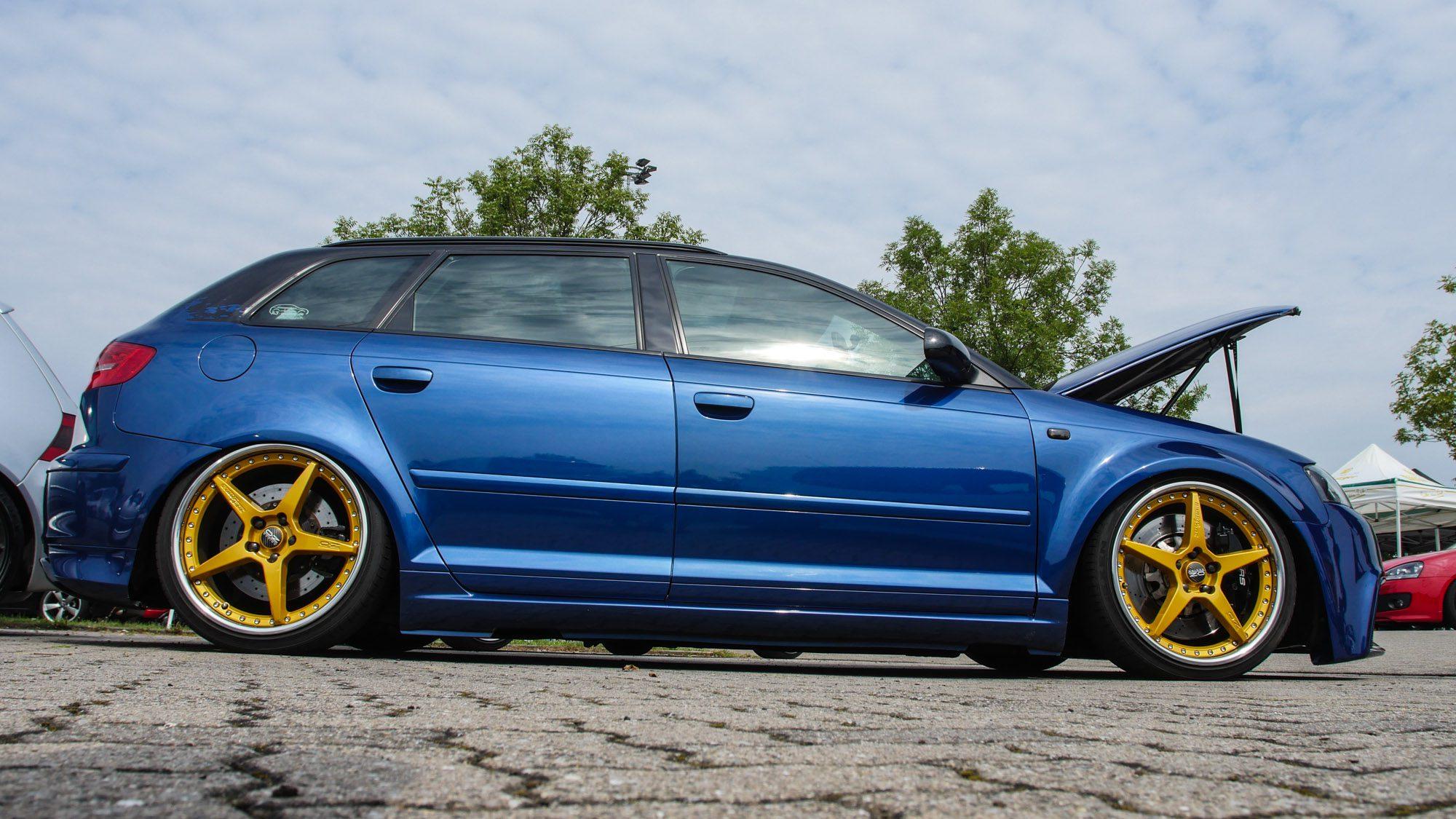 Seitenansicht des Audi A3 3,2 quattro