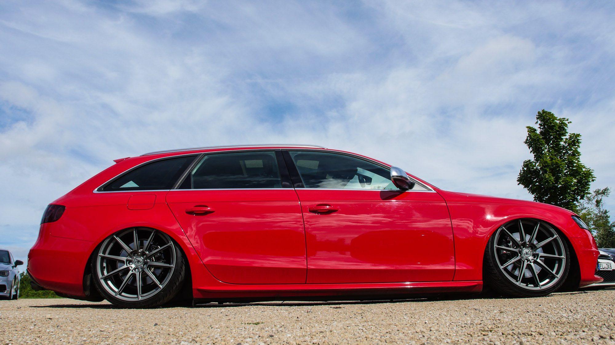 Seitenansicht des Audi S4 Avant