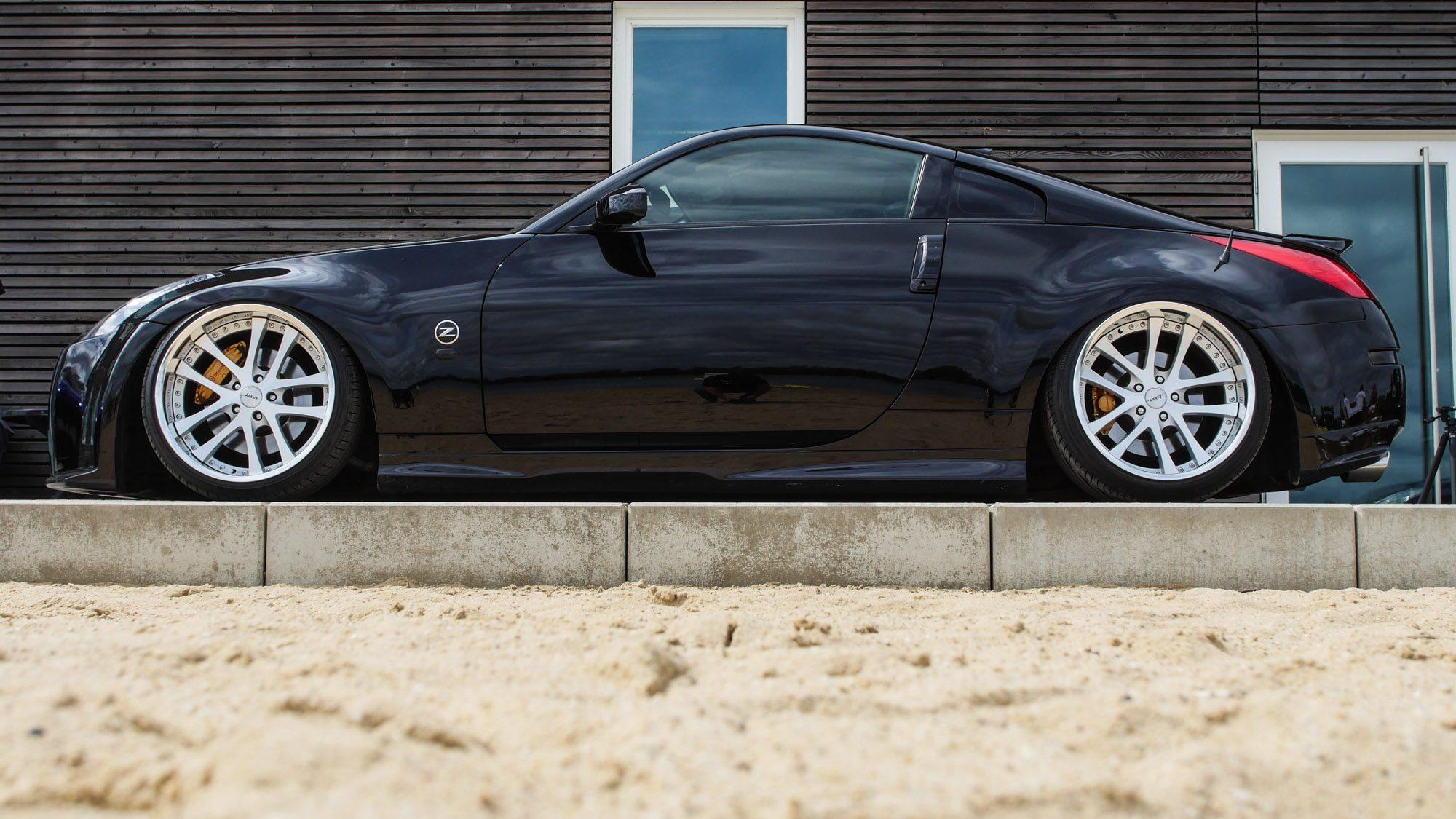 Seitenansicht des Nissan 350Z