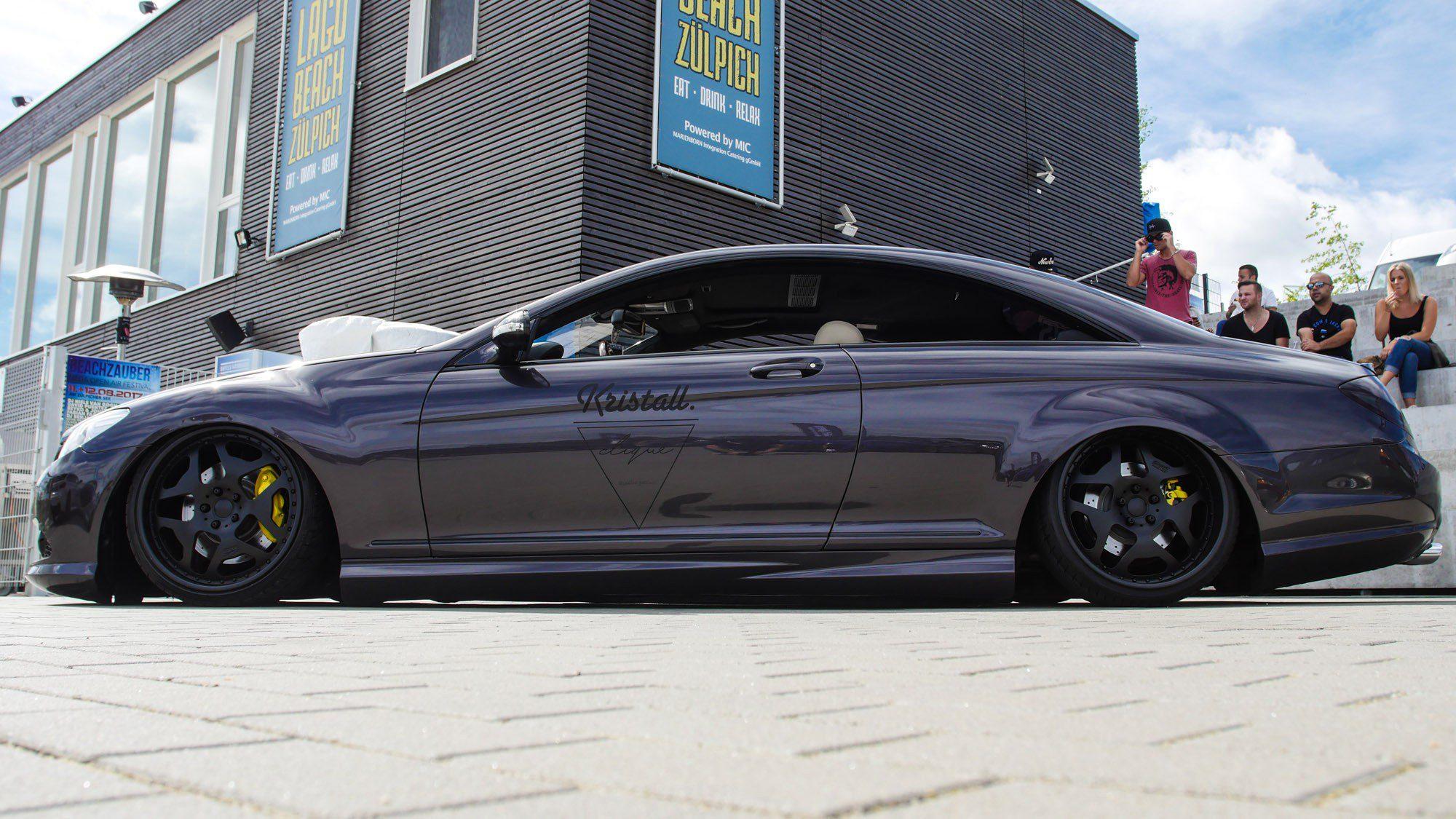 Seitenansicht des Mercedes CL500