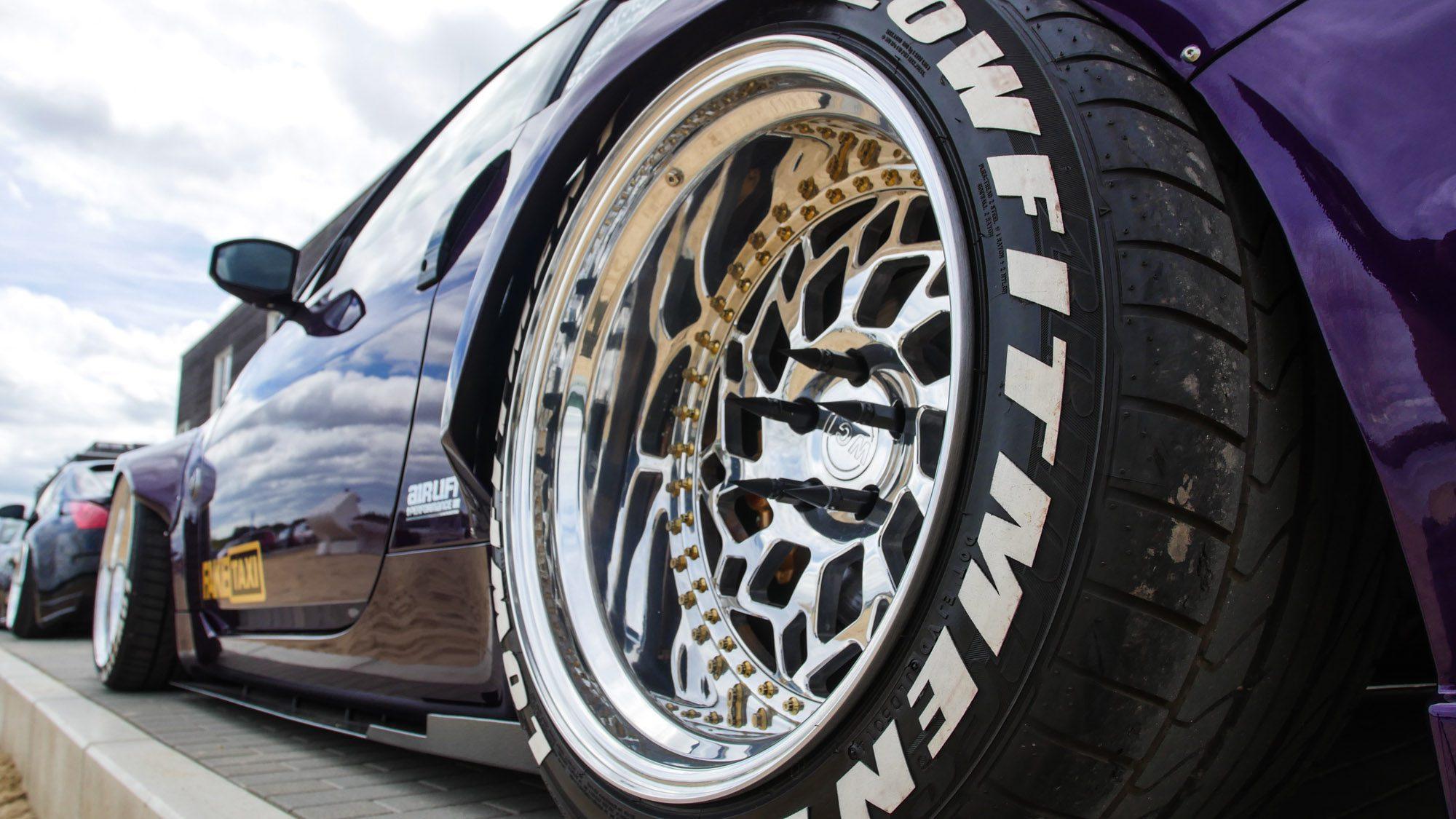 Detailansicht der Räder des Nissan 350Z