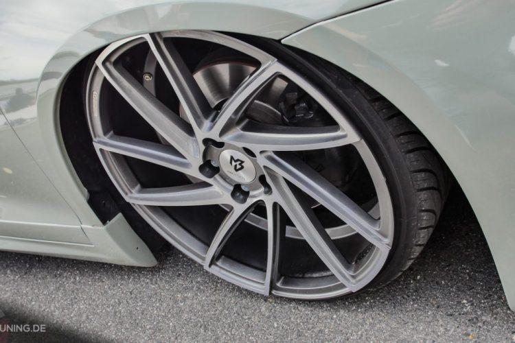 Kurz vor dem Kontakt mit dem Asphalt: Die MBdesign-Räder des VW Scirocco!