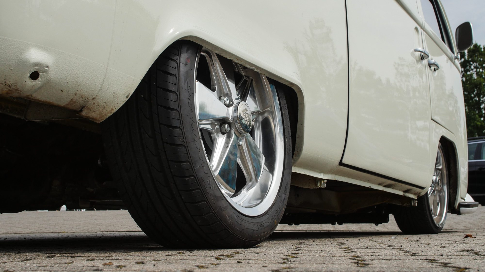 Die Fuchs-Felgen machen auf dem VW T2 eine gute Figur!