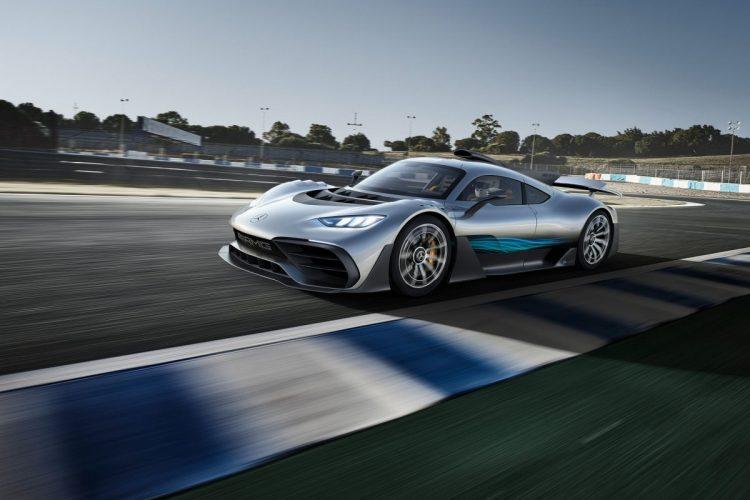 Das Mercedes-AMG Project ONE auf der Rennstrecke