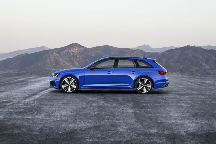 Seitenansicht des Audi RS 4 Avant