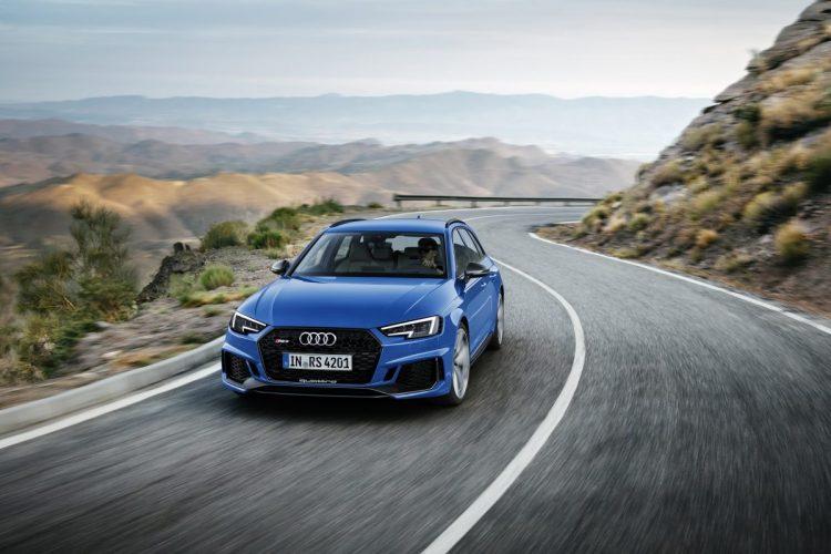 Macht auch auf der Landstraße eine gute Figur: Der Audi RS 4 Avant