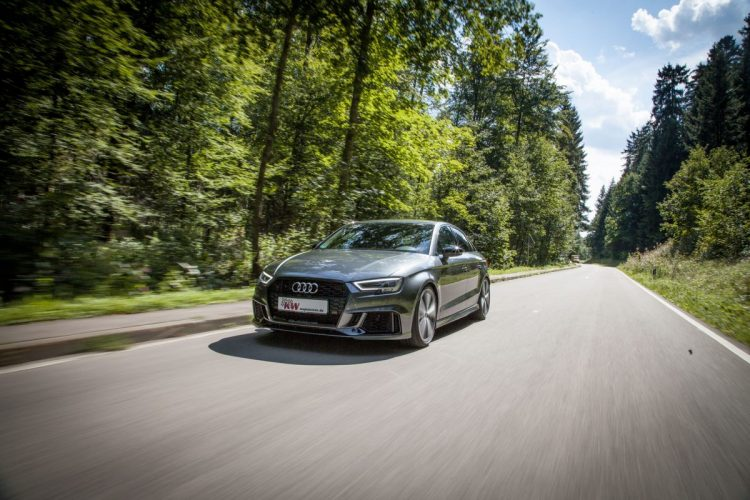 Fahrspaß pur ist in der Audi RS 3 Limousine garantiert!