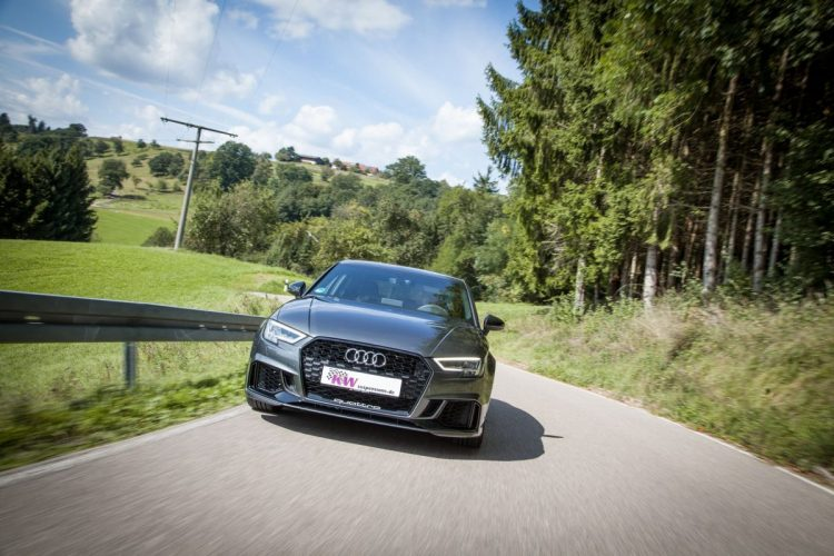 Maximale Landstraßen-Performance in der Audi RS 3 Limousine!