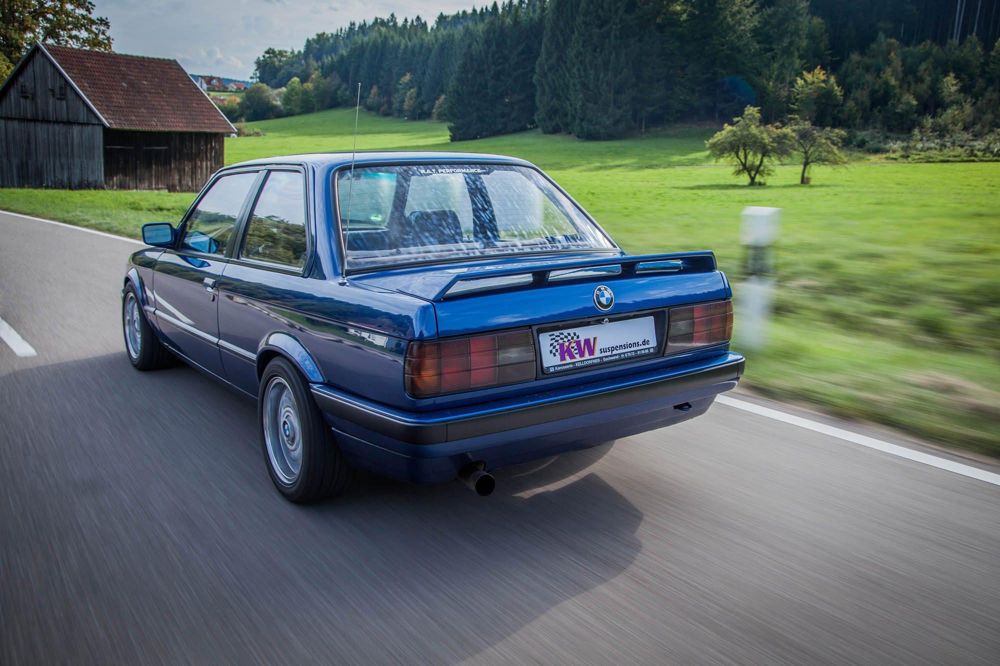 Fahraufnahme des BMW 3er E30