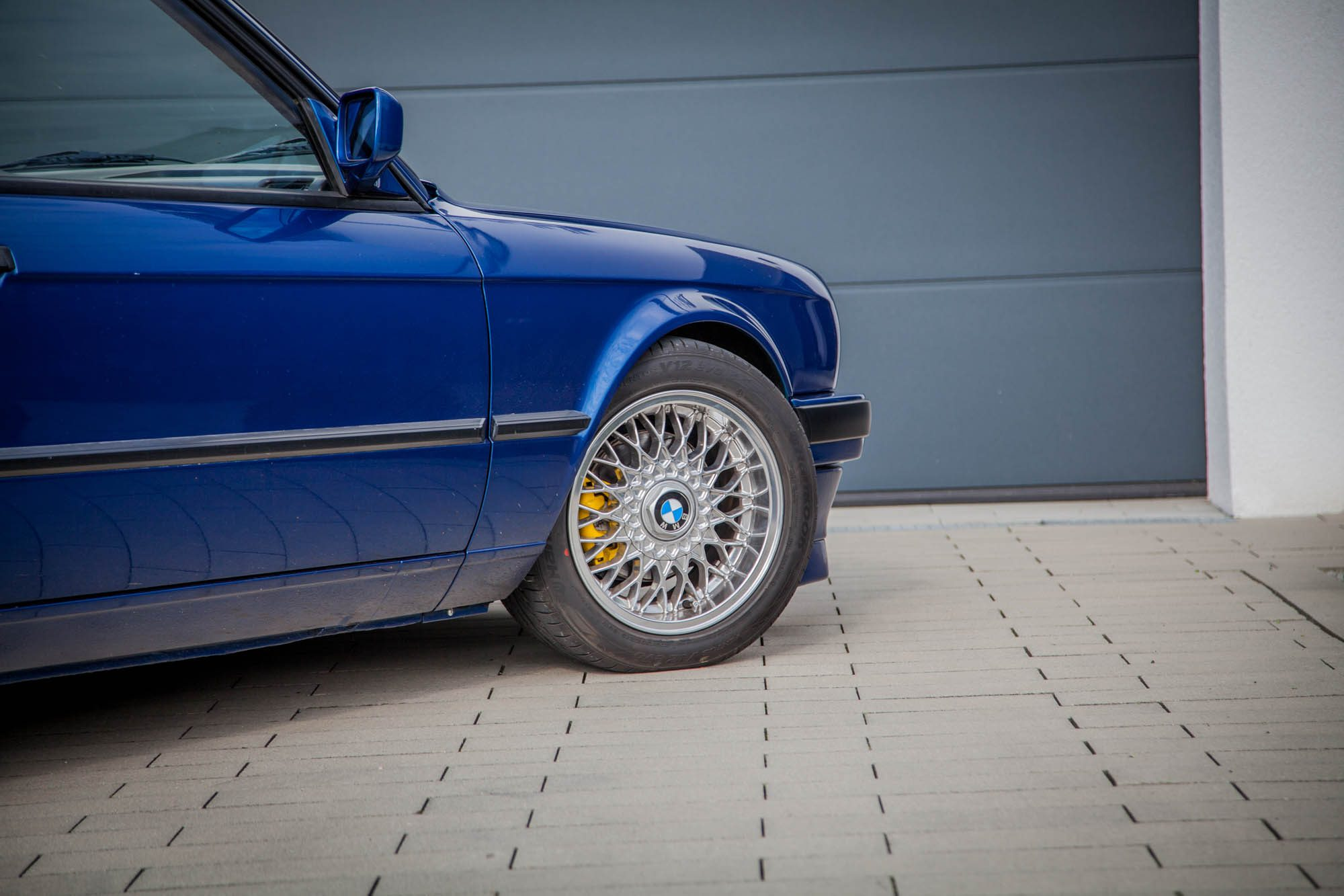 Klassische BBS stehen dem BMW 3er E30 gut zu Gesicht!