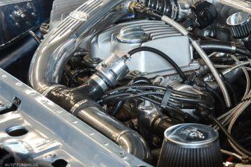 Blow Off Ventil in einem Motorraum