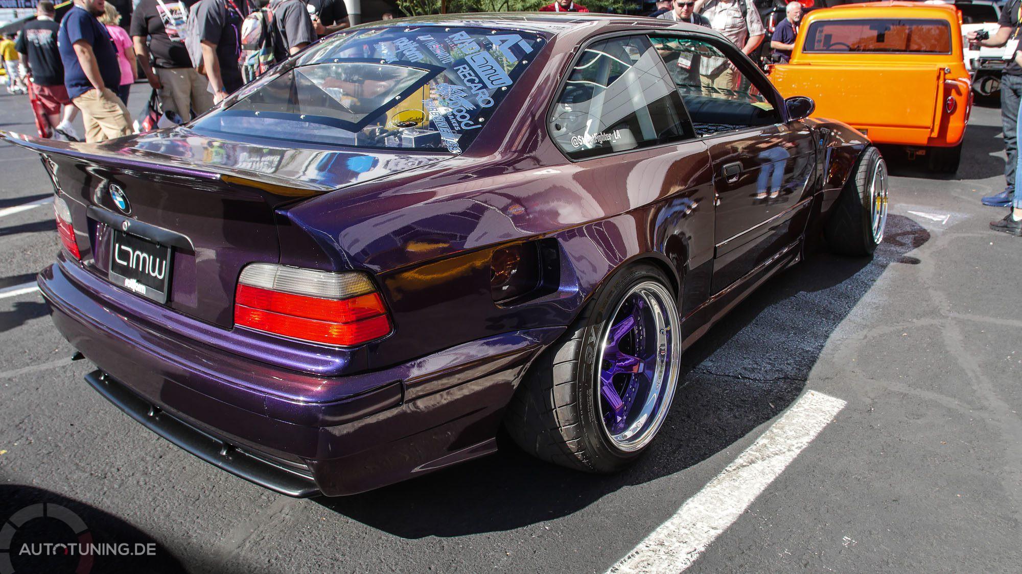 Seitliche Heckansicht BMW E36 M3