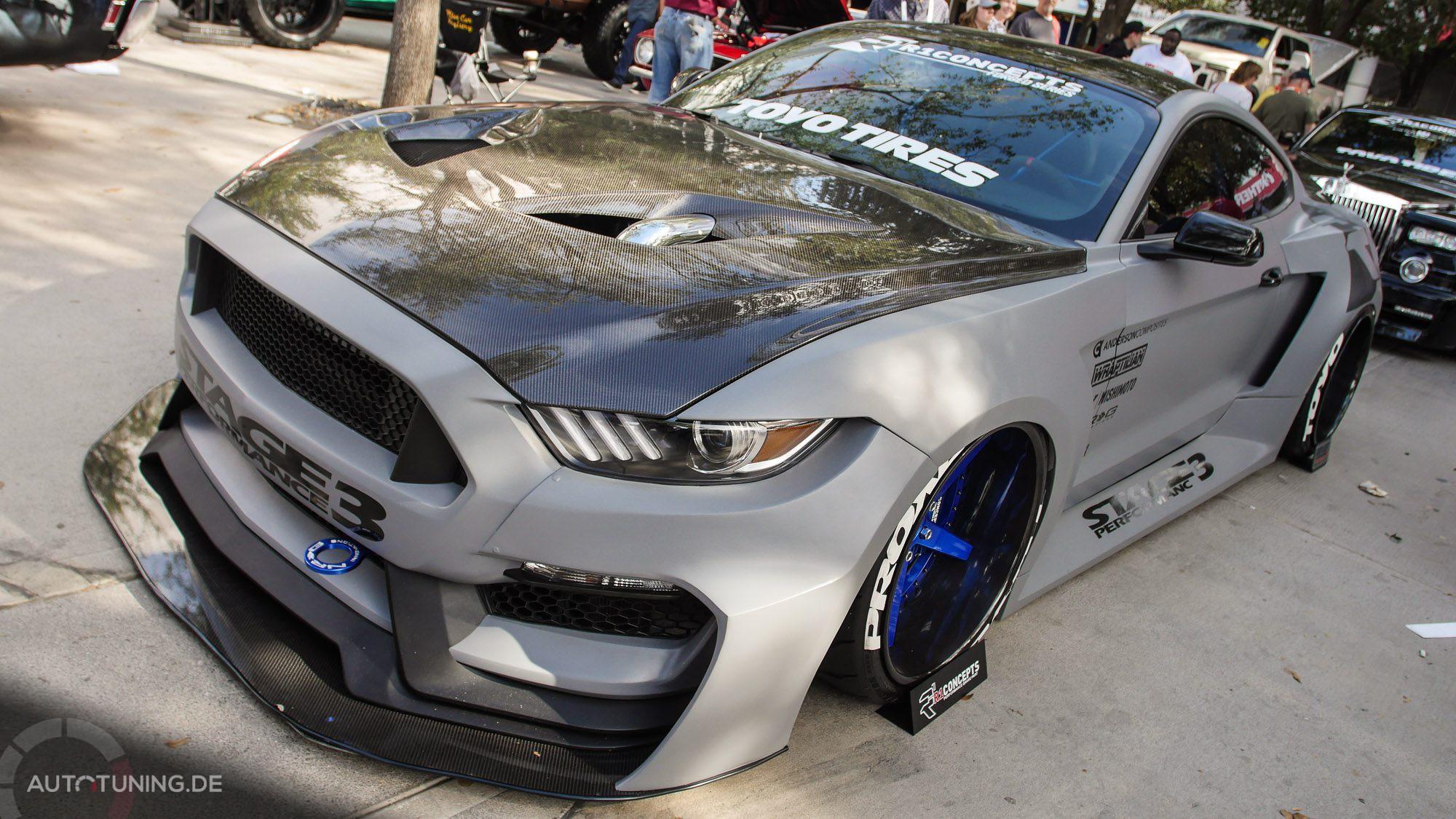 Tiefer kann man einen Ford Mustang kaum legen!