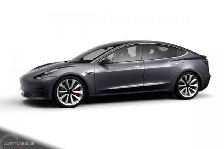 Tesla Model 3 Performance in Midnight Silver Metallic
