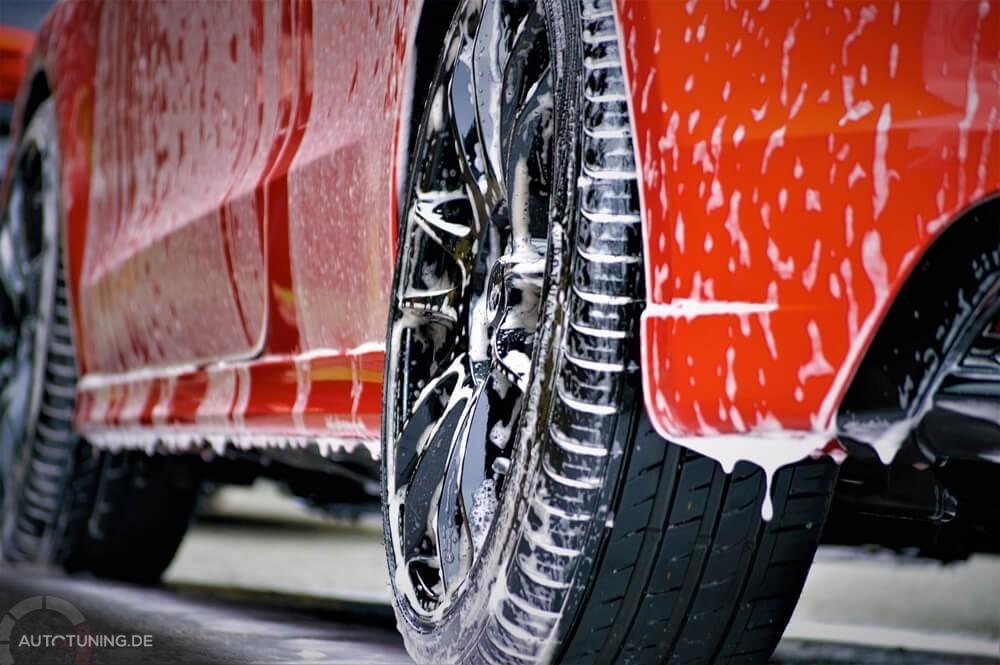 Saubere Reifen für Reifenaufkleber