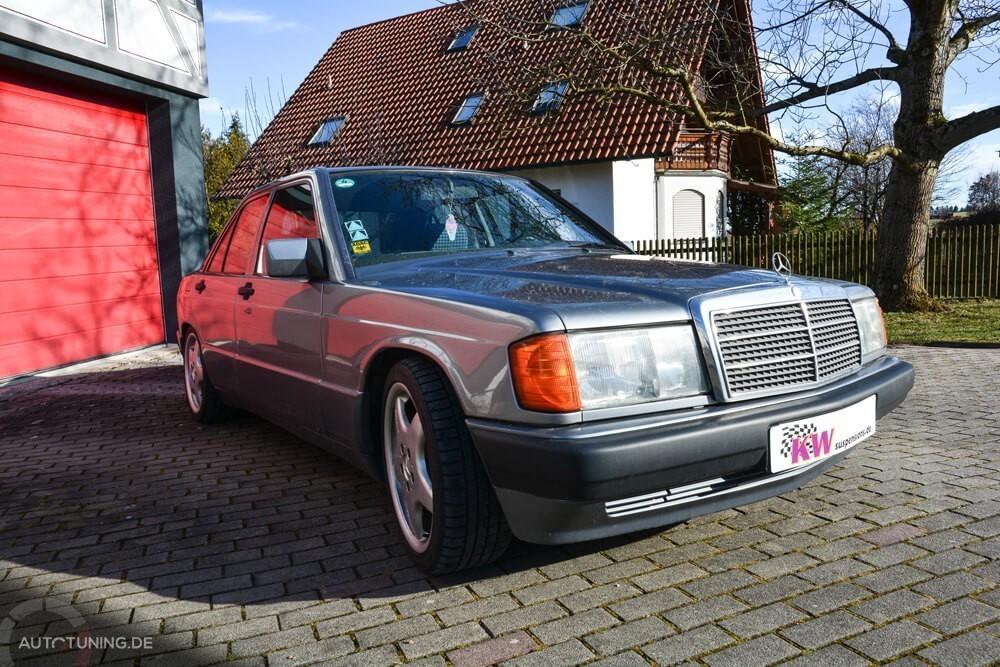 Mercedes W201 mit KW V3 Klassikfahrwerk, Frontansicht