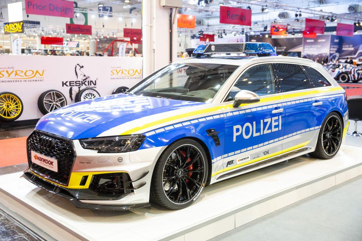 Audi ABT RS4-R im Polizei-Look auf der Essen Motor Show 2019